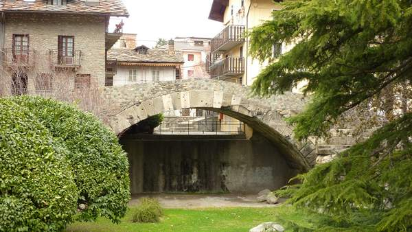 Roman bridge